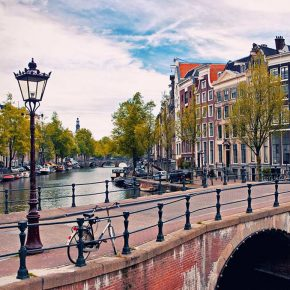 Re-learning public space / An action research event in Amsterdam / 28th - 30th June 2018
